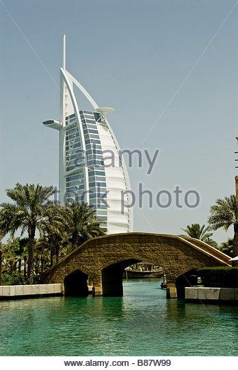 Emirat stock photos emirat stock images alamy for Hotel di dubai