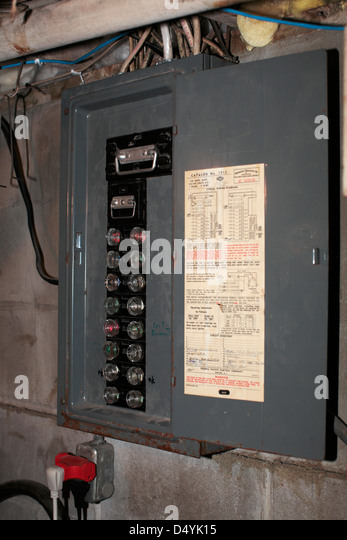 old style fuse box d4yk15 fuse box stock photos & fuse box stock images alamy old fashioned fuse boxes at soozxer.org