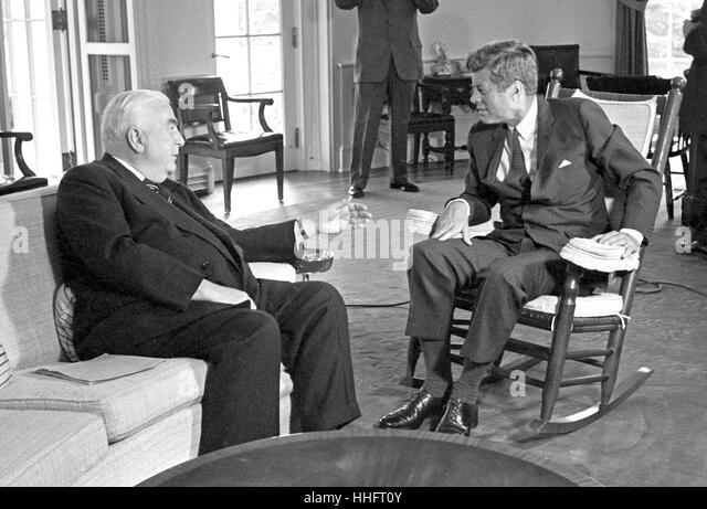 Robert menzies stock photos robert menzies stock images for Schaukelstuhl john f kennedy