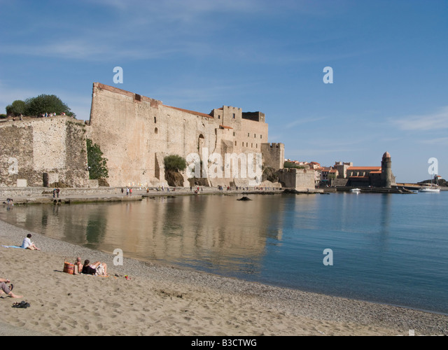 Chateau royal of collioure stock photos chateau royal of - Chateau royal collioure ...