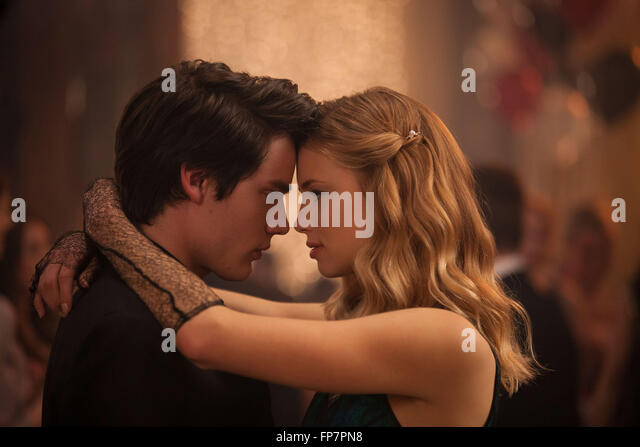Vampire academy 2014 Real Mark Waters Lucy Fry Dominic Sherwood ...
