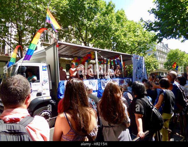 French gay pride stock photos french gay pride stock images alamy - Marche saint michel paris ...