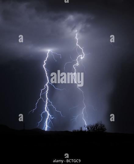 Lighting rain stock photos lighting rain stock images for Abstract salon tucson