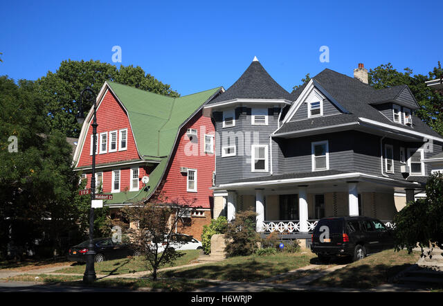 victorian style houses at ditmas park brooklyn new york usa stock image - Victorian Style House