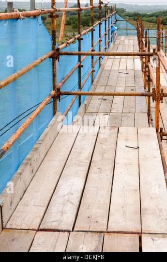 Scaffold Walk Planks : Scaffolding planks stock photos