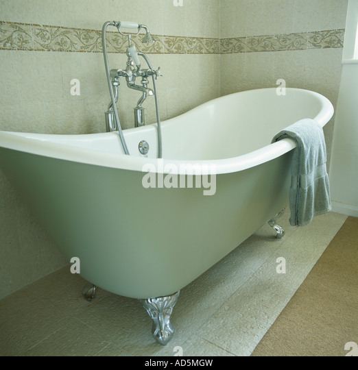 Claw Foot Bath Stock Photos Claw Foot Bath Stock Images Alamy
