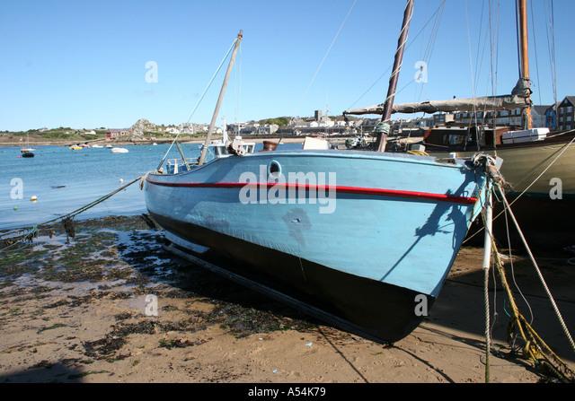 Grounded fishing trawler stock photos grounded fishing for Santa barbara fishing report