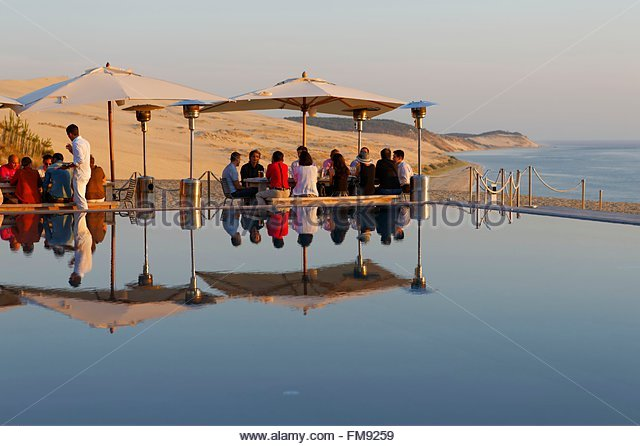 Pyla stock photos pyla stock images alamy - Restaurant la corniche a arcachon ...