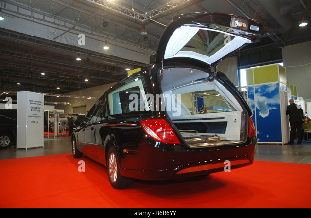 undertaker hearse stock photos undertaker hearse stock images alamy. Black Bedroom Furniture Sets. Home Design Ideas