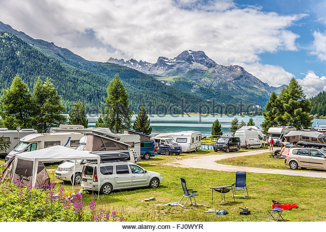 Camping Engadin lac de Silvaplana St. Moritz [SUISSE] View-over-the-campsite-at-lake-silvaplana-engadine-switzerland-aussicht-fj0wyr