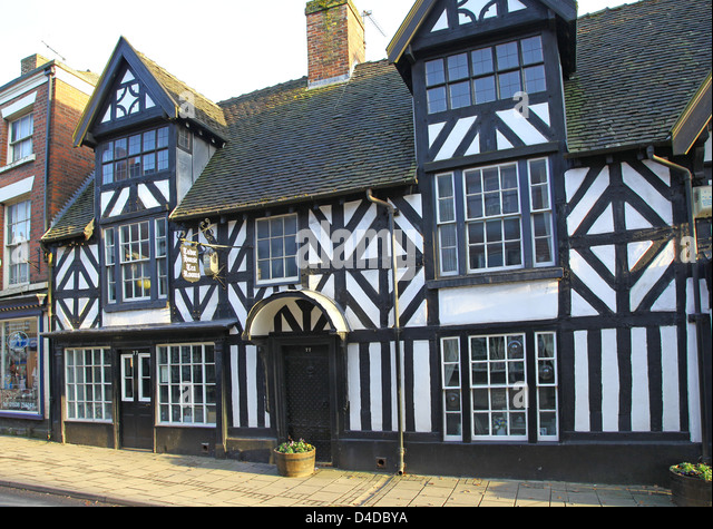 Tudor house stock photos tudor house stock images alamy for Tudor house