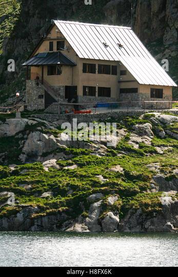Shelter Refuge In Major De Stock Photos & Shelter Refuge ...