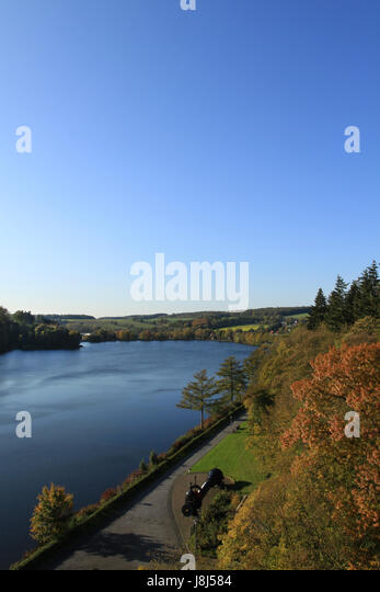 Hsk stock photos hsk stock images alamy for Artificial pond water