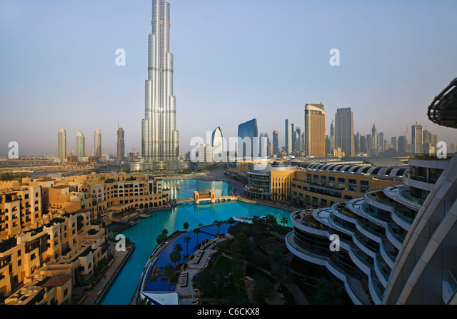 burj khalifa tallest man made structure in Tallest freestanding structure: 8298 m (2,722 ft) (previously cn tower – 5533 m or 1,815 ft) tallest freestanding structure to have the most floors: 163 (previously cn tower .