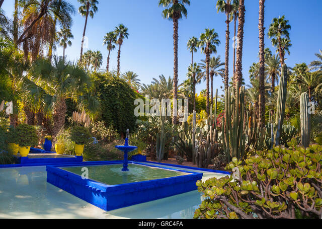 Pierre berge stock photos pierre berge stock images alamy for Jardin yves saint laurent