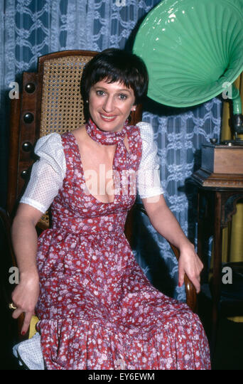 Margot Mahler Nude Photos 86