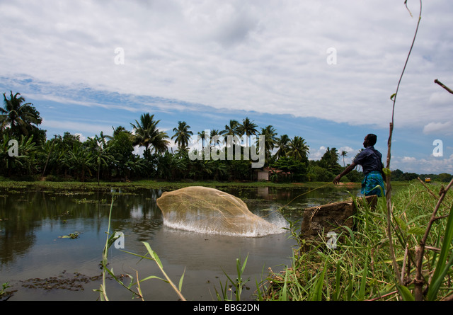 Casting nets stock photos casting nets stock images alamy for Throw nets for fishing