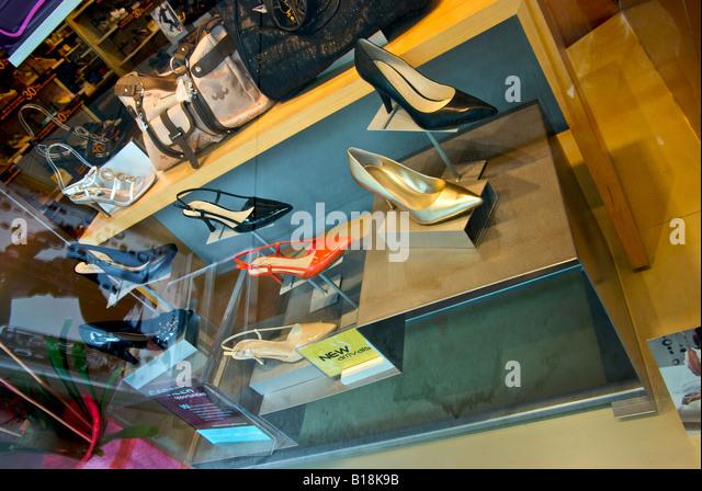 Naturalizer Shoe Store Manhattan