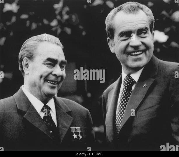 Nixon-presidency-soviet-premier-leonid-brezhnev-with-us-president-c13h8b