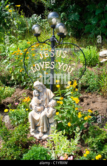 Attractive Jesus Loves You Garden Statue Of Jesus Holding A Child. Fountain Minnesota  MN USA