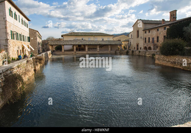 Bagni Vignoni Stock Photos & Bagni Vignoni Stock Images - Alamy