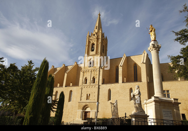 Salon de provence stock photos salon de provence stock - Pharmacie de l europe salon de provence ...