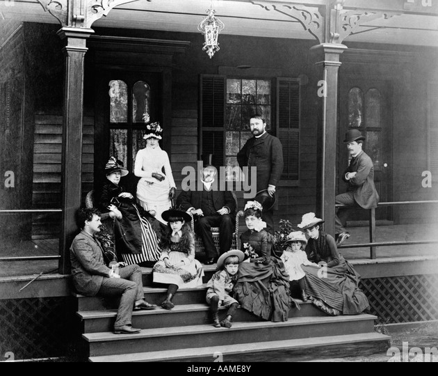 1800 S Colonial Scene On Demand: 1800s Family Stock Photos & 1800s Family Stock Images