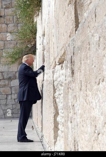 Jerusalem, Israel. 22nd May, 2017. U.S. President Donald Trump during a visit to the Western Wall May 22, 2017 in - Stock Image