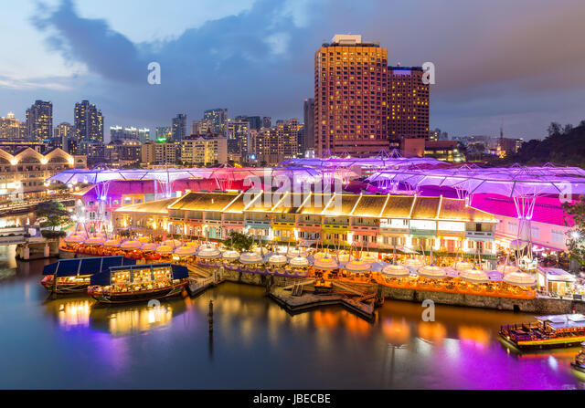 30 Rooftop Restaurants/Bars in Singapore With The Best View