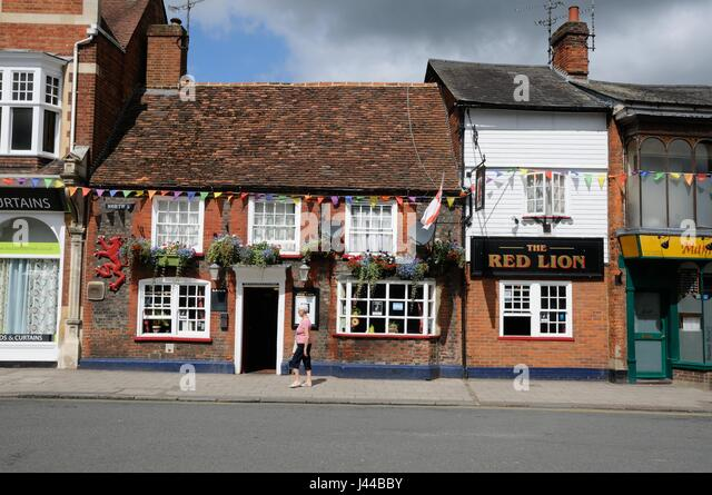 red lion hindu personals The red lion hinxton accepts these cards and reserves the right to temporarily hold an amount prior to arrival  dating back to the 16th century, this charming inn is only 20 minutes.
