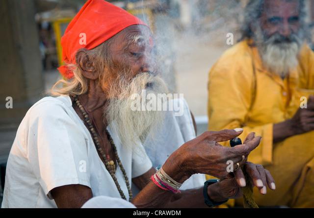 sadhu smoking stock photos amp sadhu smoking stock images