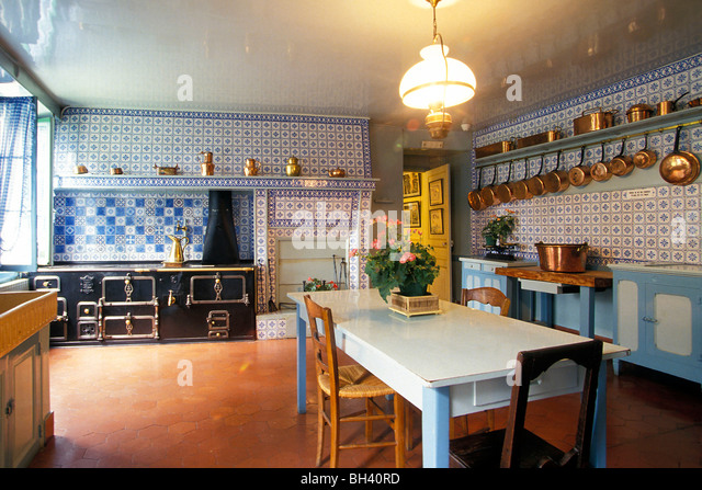 CLAUDE MONETu0027S KITCHEN, GIVERNY, EURE (27), NORMANDY, FRANCE   Stock