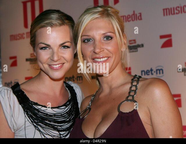 Annika Kipp Und Miriam Pede Auf Dem Roten Teppich Pictures