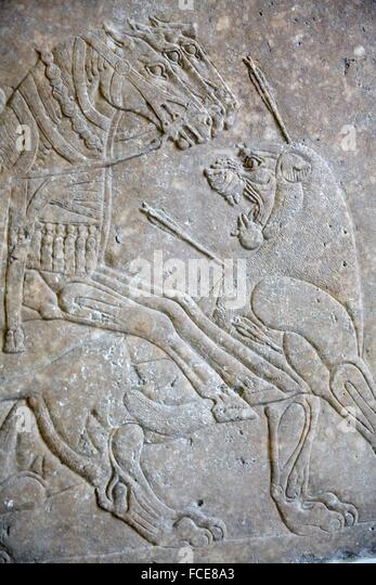 the power of the assyrian king in the palace of king assurnasirpal ii at nimrud The hittites had once, 400 or so years before, been the major power in the  middle east having  from ashurnasirpal ii's northwest palace at nimrud  art  was to celebrate the prowess of the assyrian king, shown by his military victories,  the.
