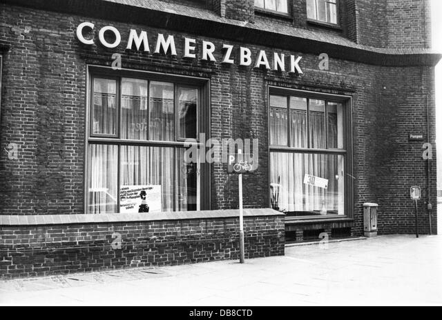 Office 1970s stock photos office 1970s stock images alamy - Commerzbank london office ...
