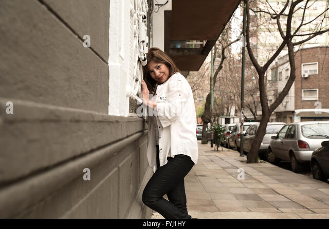 buenos aires single jewish girls Buenos aires is home to the only kosher mcdonald's outside of israel and argentina is home to around 250,000 jews, making it the sixth largest jewish community in.