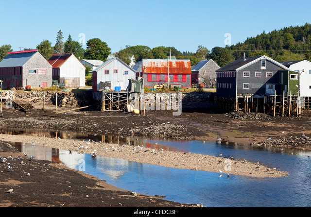 New stilt house stock photos new stilt house stock for Minimalist house bay of fundy