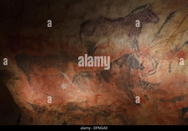 Prehistoric Cave Painting Stock Photos & Prehistoric Cave Painting Stock ...