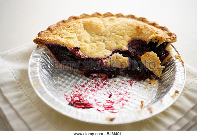Blueberry Pie with Slices Removed in a Disposable Pie Pan - Stock Image & Foil Pie Container Stock Photos \u0026 Foil Pie Container Stock Images ...