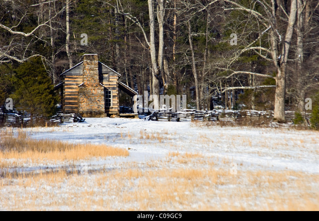 Cades cove tennessee winter stock photos cades cove for Tennessee winter cabins
