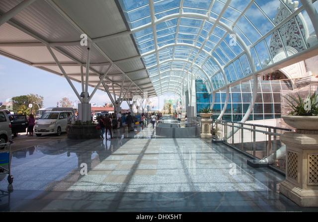Aeroporto Denpasar : Denpasar airport stock photos