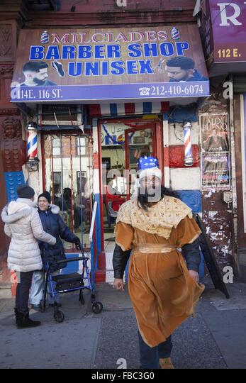 Barber Shop In Spanish : New York Barber Shop Stock Photos & New York Barber Shop Stock Images ...