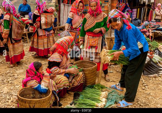 Hmong old veggie pussy motel sex poj nrauj 2