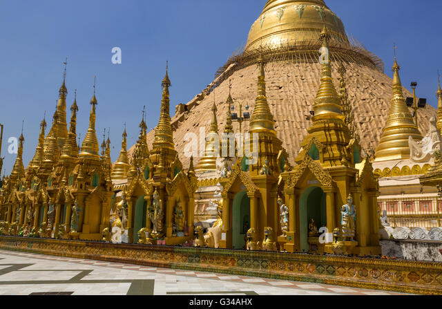 Buddha statue in morning light stock photos buddha for Asia famous buildings