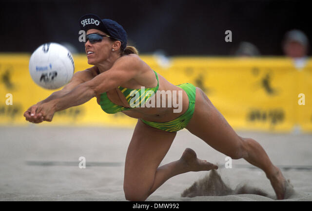 jun 25 2002 manhattan beach ca usa holly mcpeak at the