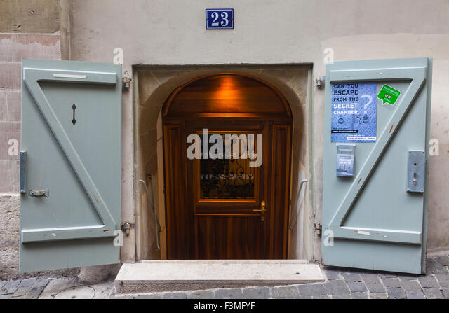 Door style on the streets of the old town district of Geneva - Stock Image & Geneva Old Town Stock Photos u0026 Geneva Old Town Stock Images - Alamy pezcame.com