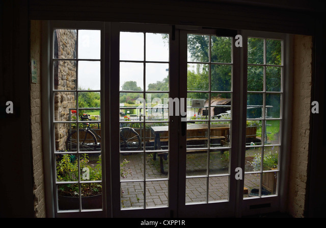 Glass panels stock photos glass panels stock images alamy for Looking for french doors