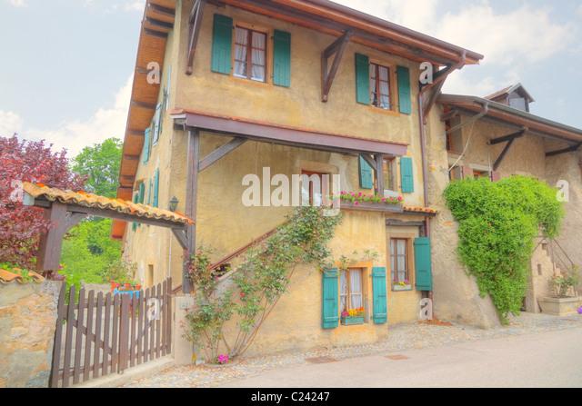 Mediterranean country house stock photos mediterranean for Mediterranean country house