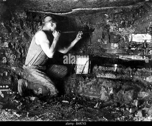 Salt Lamps Bendigo : Underground Miner Stock Photos & Underground Miner Stock Images - Alamy