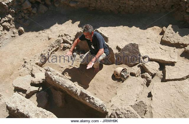 excavation of pompeii essay Check out our top free essays on pompeii excavations to help you write your own essay.